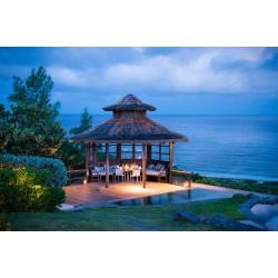 island Mustique-Moongate