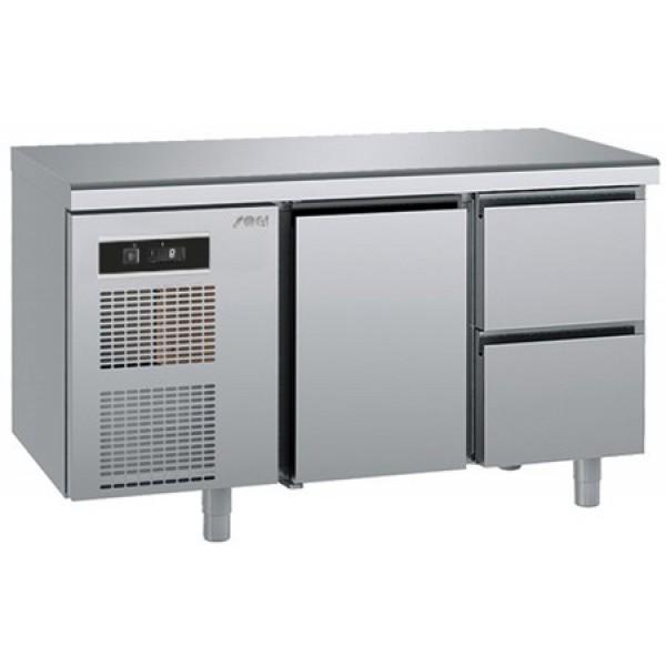 Хладилна шкаф-маса  Sagi  с  1 врата и 2 чекмеджета - среднотемпературна -GN1/1 -KUEA2M